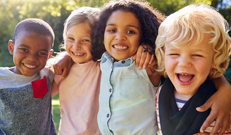 Familiile care adoptă copii trebuie să fie foarte flexibile în gândire…