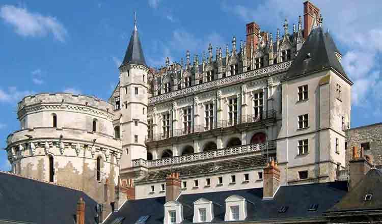 Castelul Amboise din Franța, locul unde Leonardo da Vinci și-a trăit ultimii ani din viață