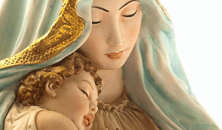 Toţi care Îl avem pe Dumnezeu ca Tată avem ca Mamă pe Maica Domnului!