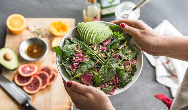 Cum să mănânci sănătos, chiar și atunci când ai foarte puțin timp la dispoziție!