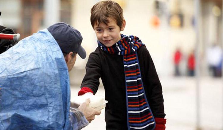 Învață-ți copilul să fie generos!