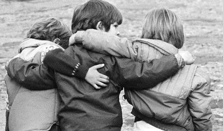 Mi-e dor de prietenia de altădată…