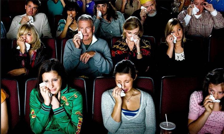 Aceia care plâng în timpul filmelor sunt mai puternici din punct de vedere emoțional