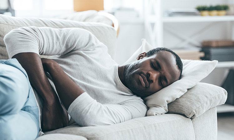 Studiile arată că somnul te ajută atunci când ai o durere