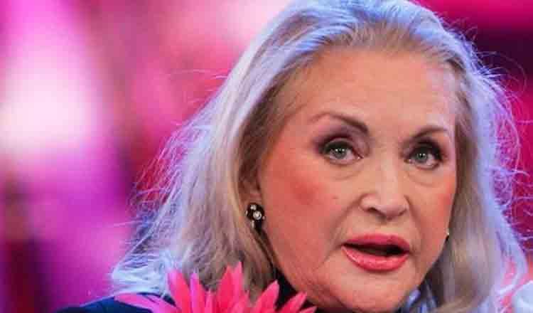 Zinei Dumitrescu nu-i este deloc bine! Mama modei din România are serioase probleme de sănătate!