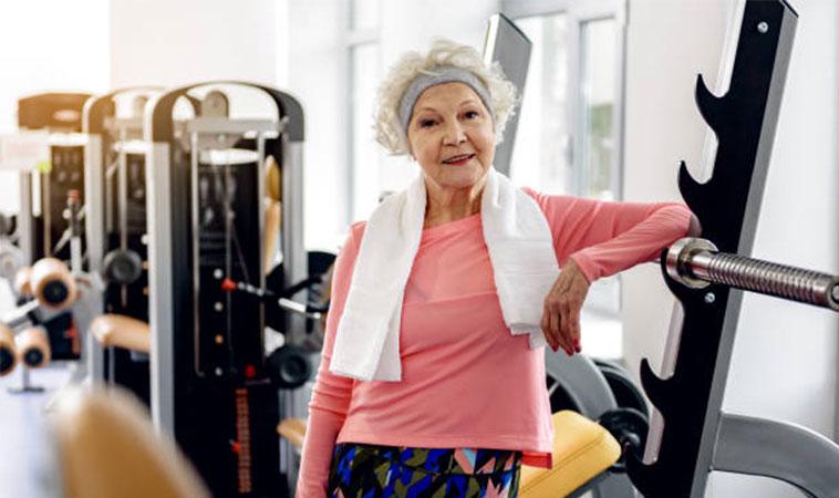 6 exerciții fizice, pe care femeile, de peste 40 de ani, nu ar trebui să le ignore