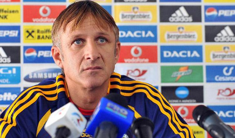 La mulți ani, Emil Săndoi! Astăzi, marele fotbalist, împlinește 54 de ani