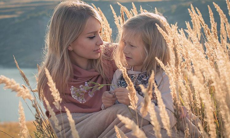 Psihologii explică de ce mătușile sunt cele mai bune rude