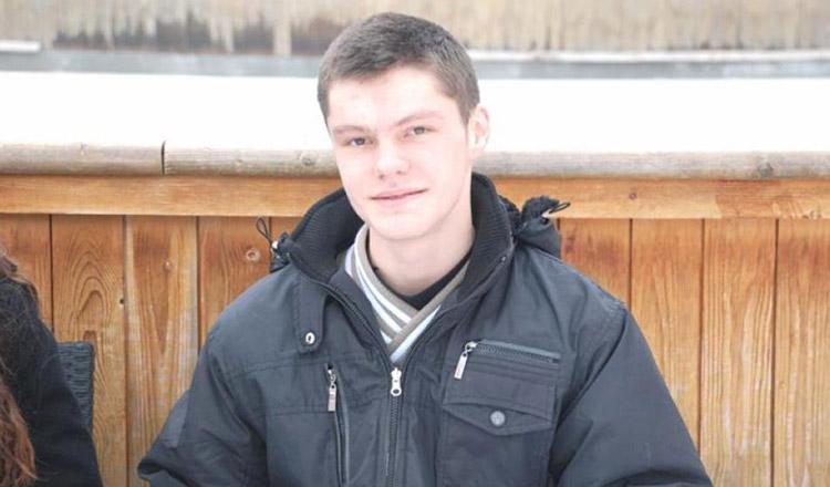 Elevul genial dintr-un sat din Suceava: face zilnic 50 de kilometri pentru a merge la şcoală şi a luat argint la Olimpiada