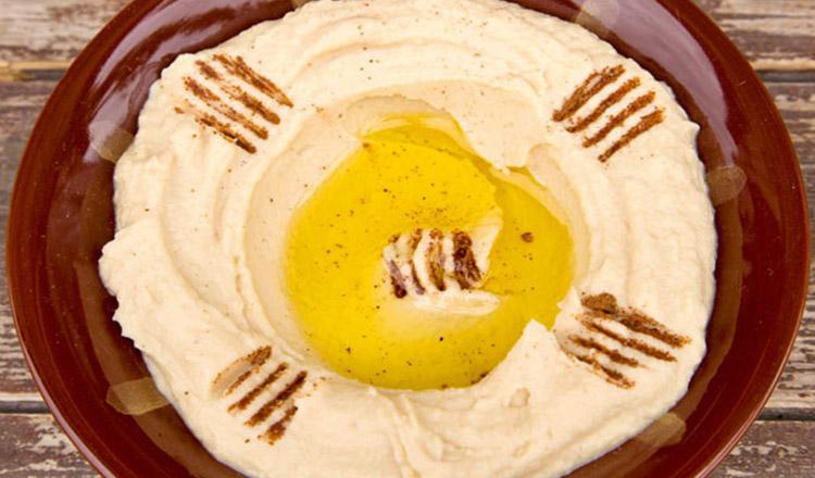 Pastă de humus preparată rapid, ideală pentru Postul Paștelui