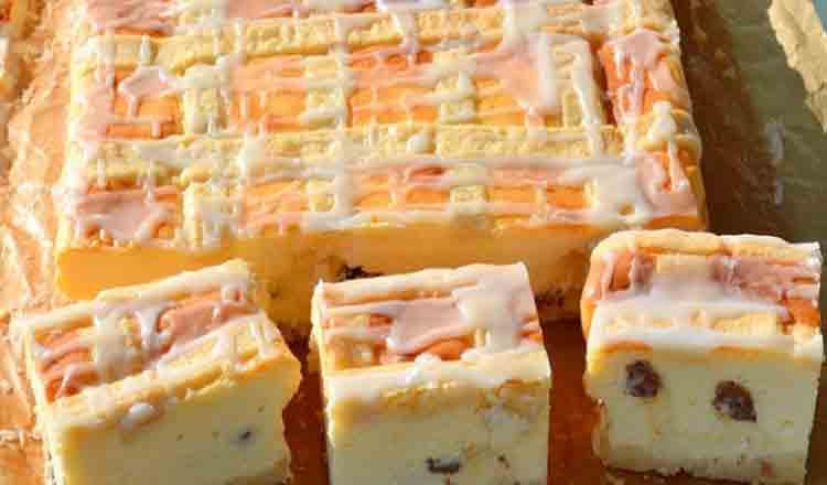 Se topește în gură, bucățică cu bucățică – Prăjitură fină cu brânză dulce și stafide