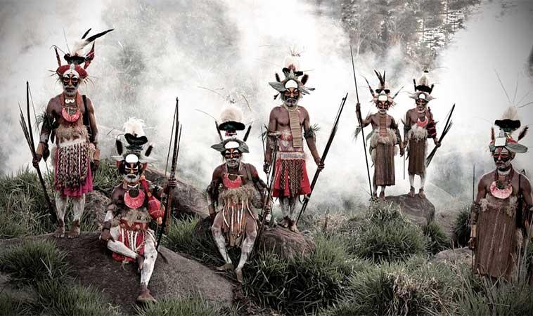 11 fotografii uimitoare, ale triburilor izolate, din întreaga lume