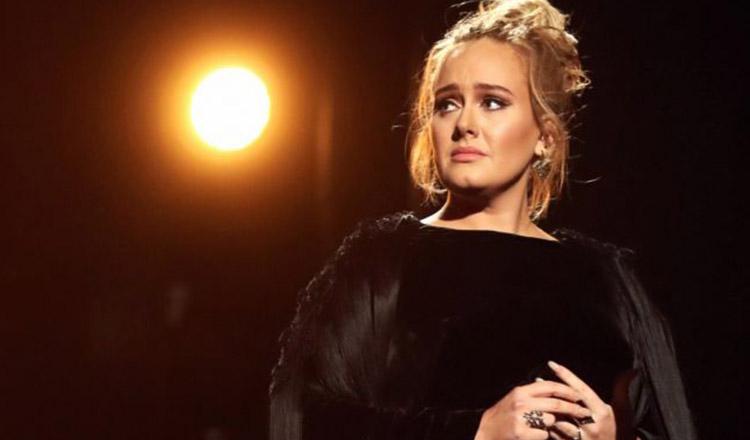 Cântăreața Adele are mari probleme! Rămâne fără jumătate din avere