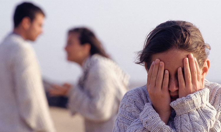 Când copiii sunt crescuți, într-o căsnicie toxică, suferă cel mai mult