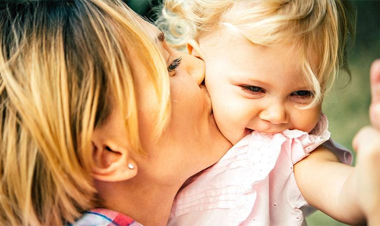 Dacă ai fost crescută de o mamă puternică și iubitoare, ai devenit o femeie tare și sigură pe sine