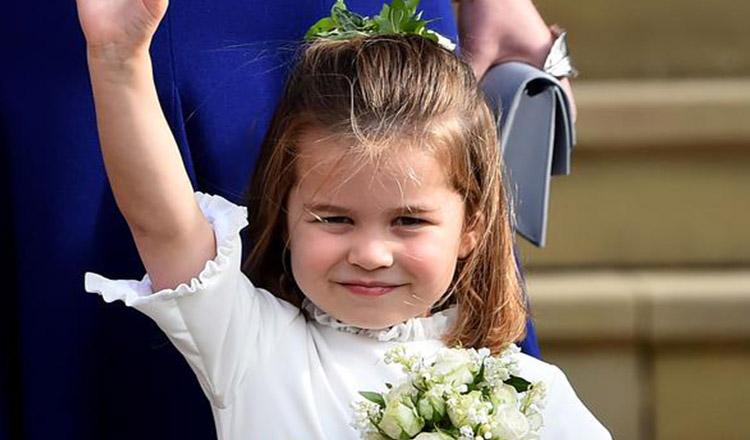 Prinţesa Charlotte a împlinit 4 ani! Imagini adorabile cu micuţa, făcute chiar de Kate Middleton. Ce frumoasă s-a făcut