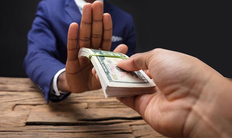 10 lucruri pe care nu le pot cumpăra banii sau situațiile în care banii nu au nicio valoare