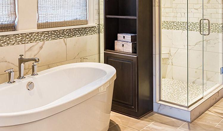 Oare ce e mai bine pentru noi să alegem, cada sau dușul?
