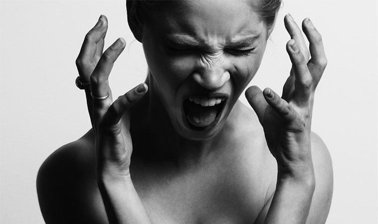 Oamenii de știință explică modul în care poți opri un atac de panică, înainte să înceapă