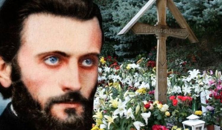 """Părintele Arsenie Boca: """"Lăcomia de avere, lăcomia de putere şi fumul mândriei au distrus multe suflete"""""""